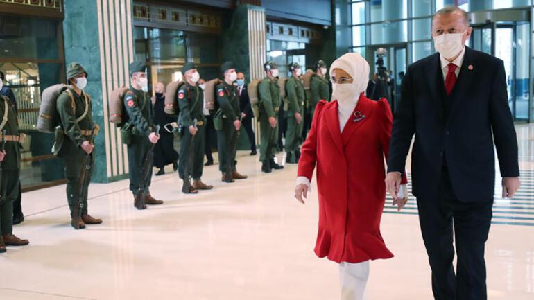 الرئيس التركي وزوجته السيدة التركية الأولى أمينة أردوغان